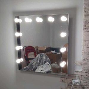 Гримерное-зеркало-без-рамы-80х80