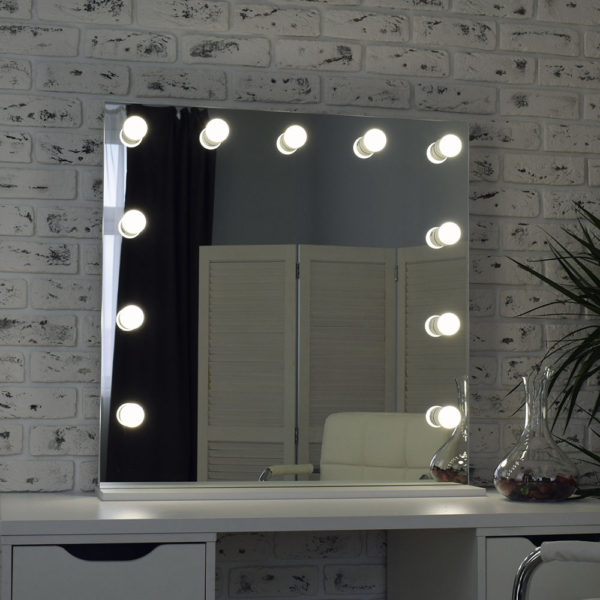 Гримерное зеркало с подсветкой Hi-Tech 80x80_0003_DSC_0574