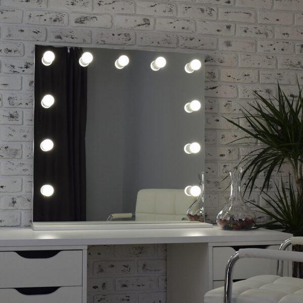 Гримерное зеркало с подсветкой Hi-Tech 80x80_0005_DSC_0577