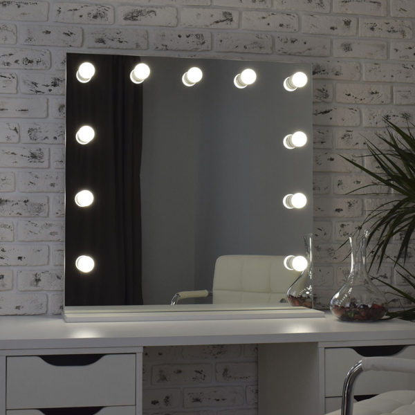 Гримерное зеркало с подсветкой Hi-Tech 80x80_0007_DSC_0579