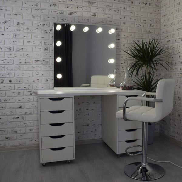 Гримерное зеркало с подсветкой Hi-Tech 80x80_0009_DSC_0581