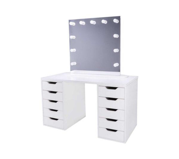 модель FUSION в сочетании со столом от makeupmirror.ru