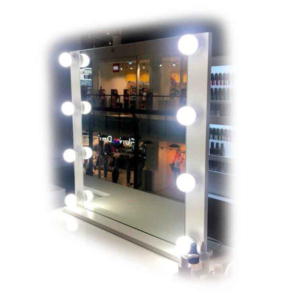 гримерное-зеркало-60х60-от-клиента