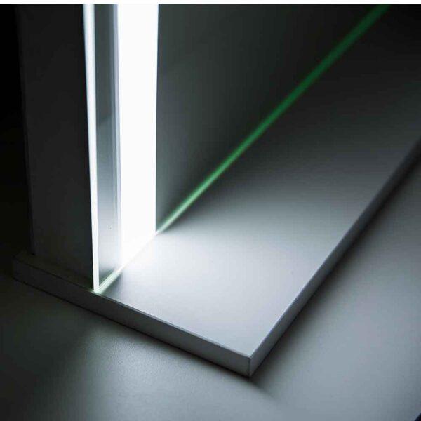 ГРимерное-зеркало-с-подсветкой-LED-4