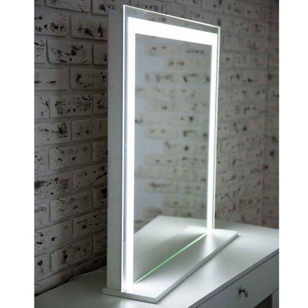 ГРимерное-зеркало-с-подсветкой-LED-6