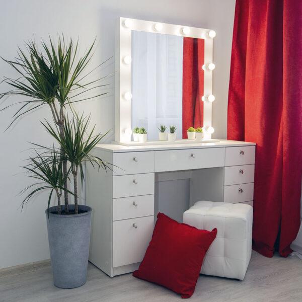 Туалетный гримерный столик для визажиста_0057_L59A7874
