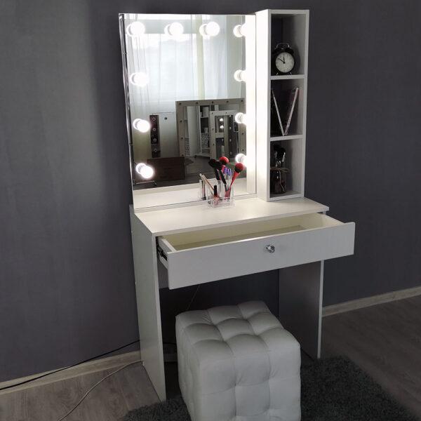 Гримерный столик с зеркалом TRENTO_0002_IMG_20190623_141300