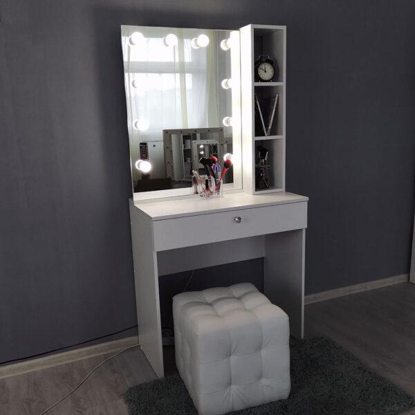 Гримерный столик с зеркалом TRENTO_0003_IMG_20190623_141251