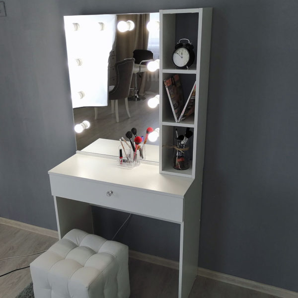 Гримерный столик с зеркалом TRENTO_0006_IMG_20190623_141221