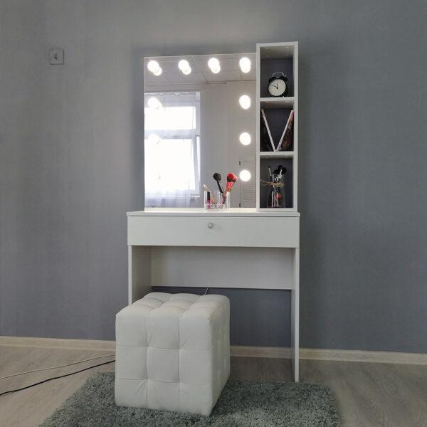 Гримерный столик с зеркалом TRENTO_0007_IMG_20190623_141210