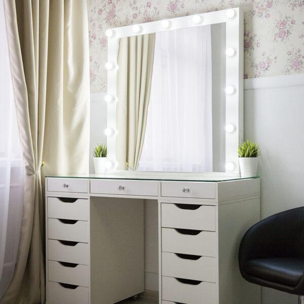 Гримерный стол БАРИ со стеклянной столешницей_0002_L59A7743