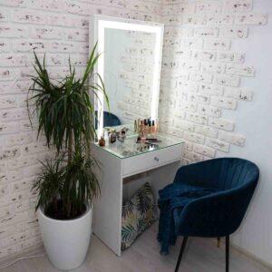 Гримерный столик со стеклянной столешницей 60 см
